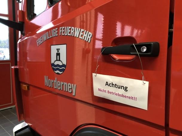 Drehleiter zur Reparatur in Karlsruhe. Antenne Norderney.